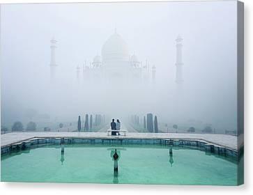Misty Taj Mahal Canvas Print by Karthi Kn Raveendiran