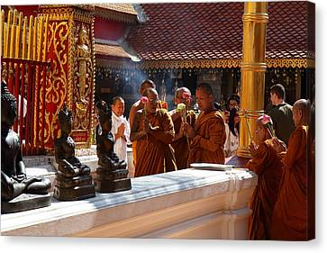 Monk Ceremony - Wat Phrathat Doi Suthep - Chiang Mai Thailand - 01132 Canvas Print by DC Photographer