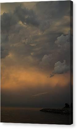 Moody Storm Sky Over Lake Ontario In Toronto Canvas Print by Georgia Mizuleva
