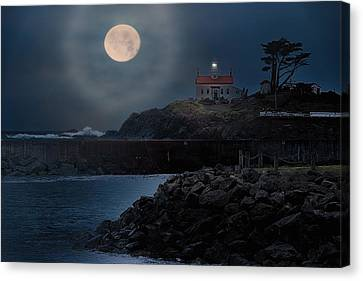 Moon Over Battery Point Canvas Print by James Heckt