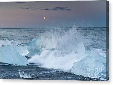 Moonrise At Jokulsarlon Iceland Canvas Print by Ning Mosberger-Tang