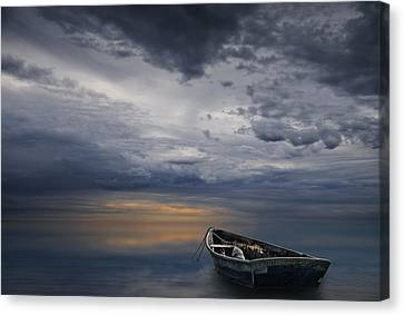 Morning Sunrise Over Calm Waters Canvas Print by Randall Nyhof