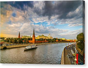 Moscow Kremlin At Sunset - 2 Canvas Print by Alexander Senin