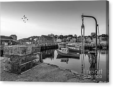 Motif Number One Sunrise Bw Canvas Print by Susan Candelario