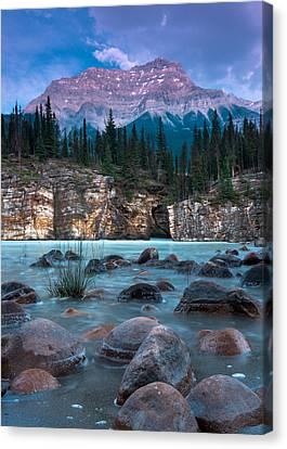 Mount Kerkeslin  Canvas Print by Cale Best