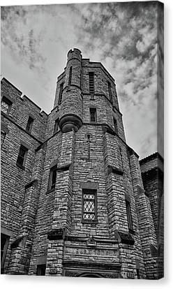 Museum At The Castle  8301 Canvas Print by Guy Whiteley
