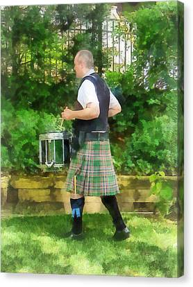Music - Drummer In Pipe Band Canvas Print by Susan Savad