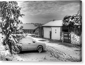 My Home Town - Winter 2015 Canvas Print by Uri Baruch