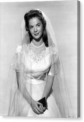 Natalie Wood In Wedding Dress Canvas Print by Retro Images Archive