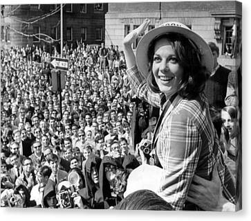 Natalie Wood Waving To Fans Canvas Print by Retro Images Archive