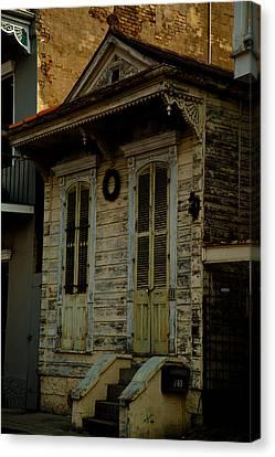New Orleans Row House Canvas Print by Susie Hoffpauir