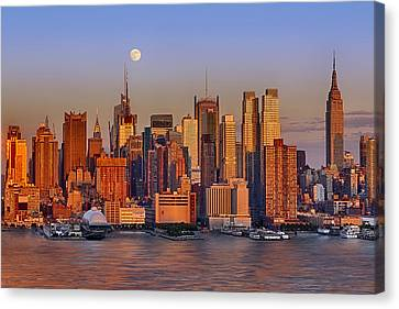 New York City Skyline Full Moon And Sunset Canvas Print by Susan Candelario