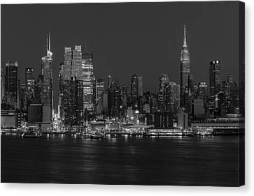 New York City Skyline In Christmas Colors Bw Canvas Print by Susan Candelario