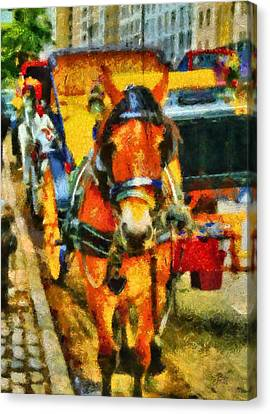 New York Horse And Carriage Canvas Print by Dan Sproul
