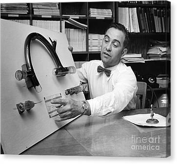 Nier And Uranium Separation, 1950s Canvas Print by Emilio Segre Visual Archives/american Institute Of Physics