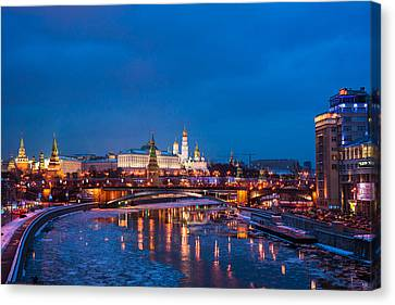 Night View Of Moscow Kremlin In Wintertime - Featured 3 Canvas Print by Alexander Senin