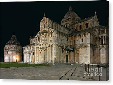 Nightshot Of Piazza Dei Miracoli In Pisa Canvas Print by Kiril Stanchev