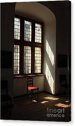Nordic Light - Kronborg Slot Canvas Print by Juan Romagosa