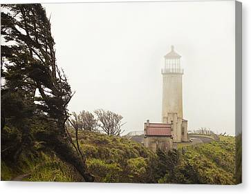 North Head Lighthouse Canvas Print by Andrew Soundarajan