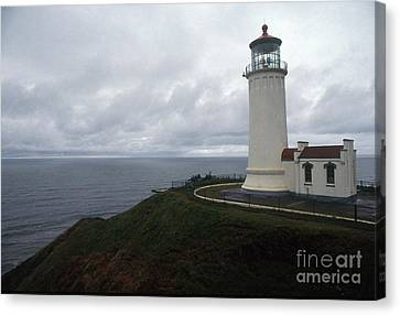 North Head Lighthouse Canvas Print by Bruce Roberts