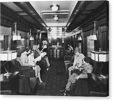 Northern Pacific Lounge Car Canvas Print by Underwood Archives