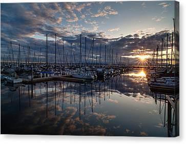 Northwest Marina Sunset Sunstar Canvas Print by Mike Reid
