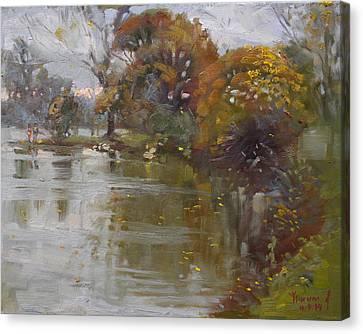 November 4th At Hyde Park Canvas Print by Ylli Haruni