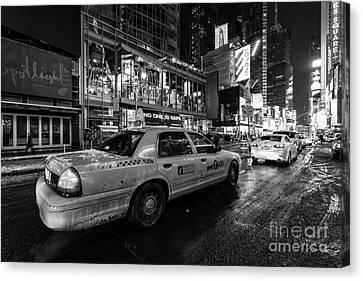 Nyc Cab Times Square Canvas Print by John Farnan