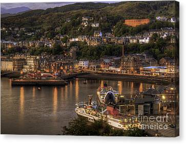 Oban Promenade Canvas Print by Fiona Messenger