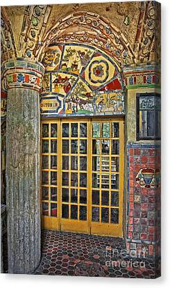October At Fonthill Castle Canvas Print by Susan Candelario