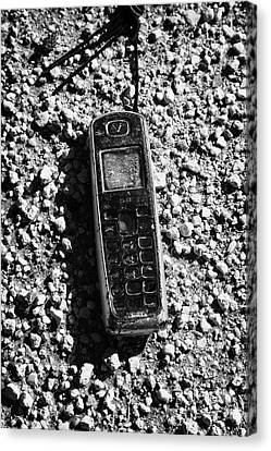 Old Broken Smashed Thrown Away Cheap Cordless Phone Usa Canvas Print by Joe Fox