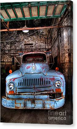 Old Pickup Truck Hdr Canvas Print by Amy Cicconi