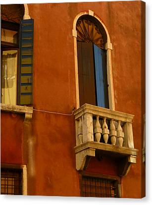 Venetian Old Sienna Walls  Canvas Print by Connie Handscomb