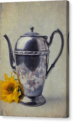 Old Teapot With Sunflower Canvas Print by Garry Gay