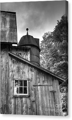 Olsen Barn At Port Oneida Canvas Print by Twenty Two North Photography