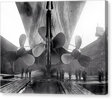 Titanic Propellers 1911 Canvas Print by Stefan Kuhn