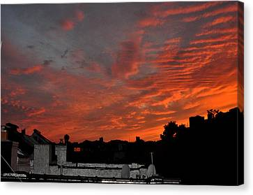 Orange Sky From Brooklyn Roof Canvas Print by Diane Lent