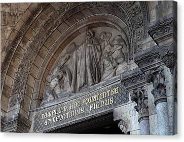 Outside The Basilica Of The Sacred Heart Of Paris - Sacre Coeur - Paris France - 011312 Canvas Print by DC Photographer