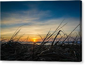 Pacific Coast Sunset Canvas Print by Puget  Exposure