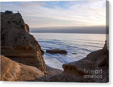 Pacific Ocean View From Above Cliffs Canvas Print by Darleen Stry