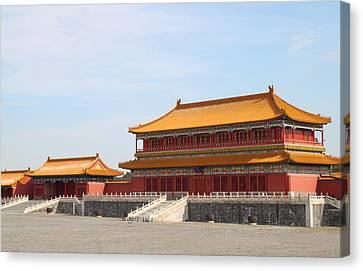Palace Forbidden City In Beijing Canvas Print by Thanapol Kuptanisakorn
