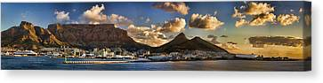Panorama Cape Town Harbour At Sunset Canvas Print by David Smith