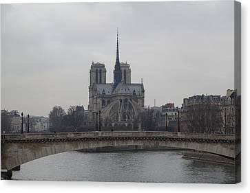 Paris France - Notre Dame De Paris - 011313 Canvas Print by DC Photographer