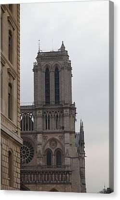 Paris France - Notre Dame De Paris - 01132 Canvas Print by DC Photographer