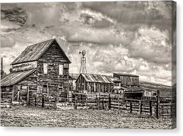 Parker Homestead Canvas Print by Ken Smith