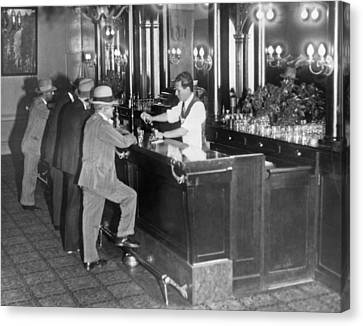 Patrons At A Speakeasy In Sf Canvas Print by Underwood Archives