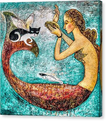 Pearl Canvas Print by Shijun Munns