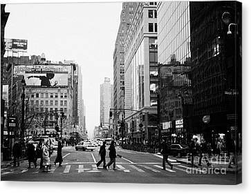 Pedestrians Crossing Crosswalk On West 34th Street And Sixth 6th Avenue At Herald Square New York Canvas Print by Joe Fox