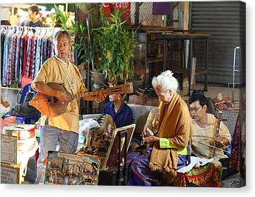 Performers - Night Street Market - Chiang Mai Thailand - 01134 Canvas Print by DC Photographer