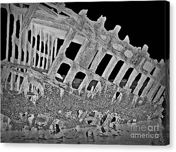 Peter Iredale In Reverse Bw 7 Canvas Print by Chalet Roome-Rigdon